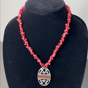 COLDWATER CREEK Red Chip and Silver Necklace
